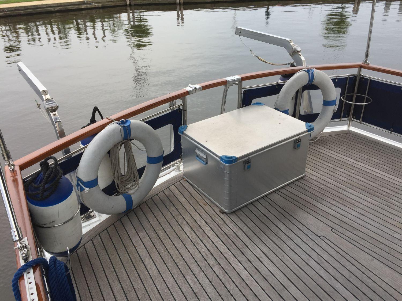Z Yacht 11