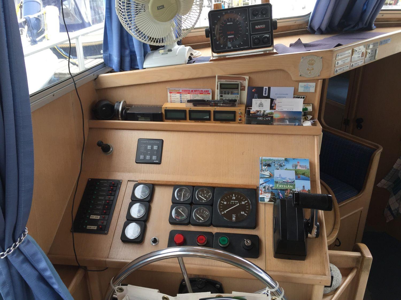 Z Yacht 14