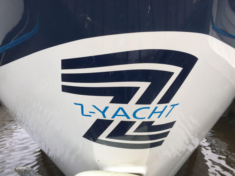 Z Yacht 8